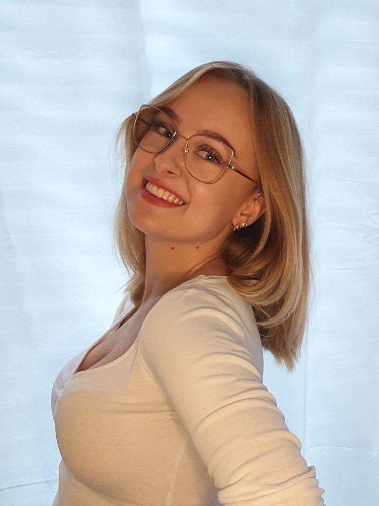 Assistentin Cosima Landgraf